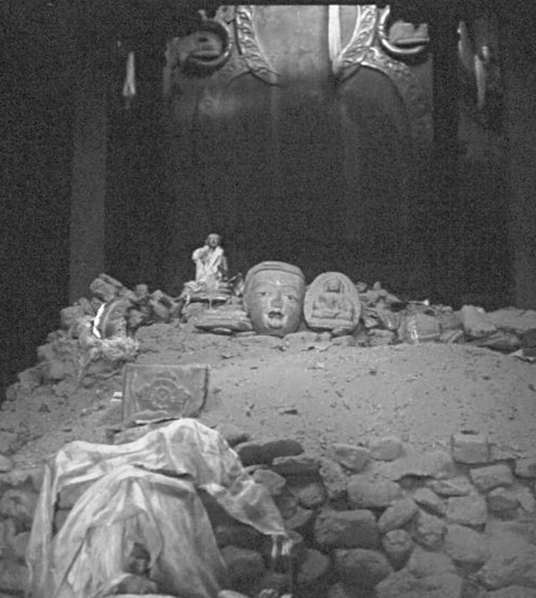 Cultural Revolution and its effects: Tsaparang, LhakangMarpo / Lhasa ...
